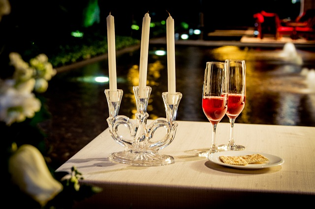 dinner-605706_640
