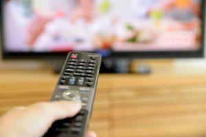 テレビ が つい たり 消え たり