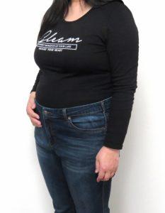 160 cm 60 kg 女