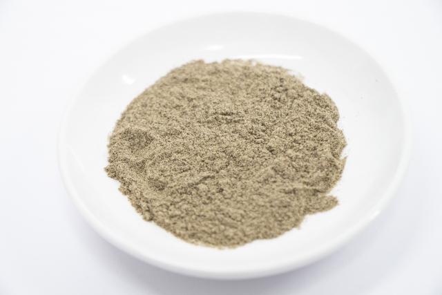黒胡椒 粉末